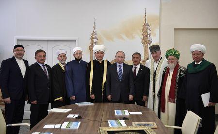 Кому из муфтиев больше доверяет Путин?