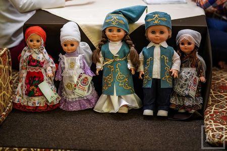 Татарскому языку научат куклы