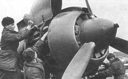 Абдултар Джемалетдинов готовил самолеты к боевым вылетам