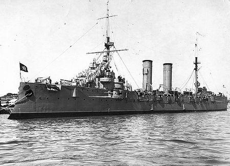 Гафар Мурадосилов служил минером на крейсере «Коминтерн»