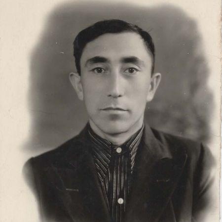 В 1949 г. Османов Шевкет женился на уроженке с. Капсихор (Судакский р-н) Асановой Раиме Абджеляловне (1923 – 1994).