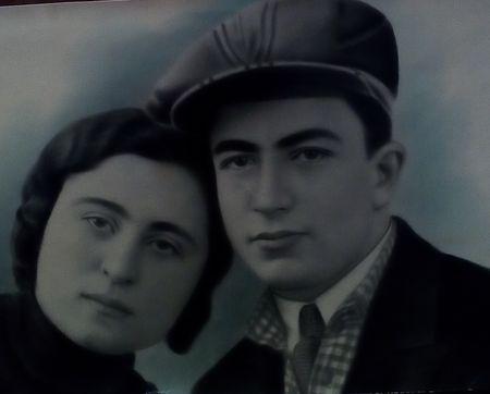 Учась в техникуме, встретил свою спутницу жизни, которая тоже там училась. В 1933 г. поженились и прожили вместе до конца жизни.