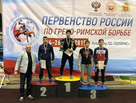 Борцы из Судака стали чемпионами России