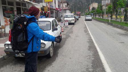 Кадыров путешествует по Турции автостопом