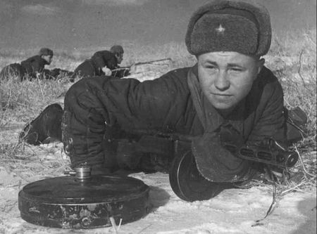 Садык Хайрединов задание командования выполнил