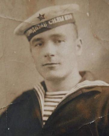 Юнус Муждаба служил боцманом на «Малютке»