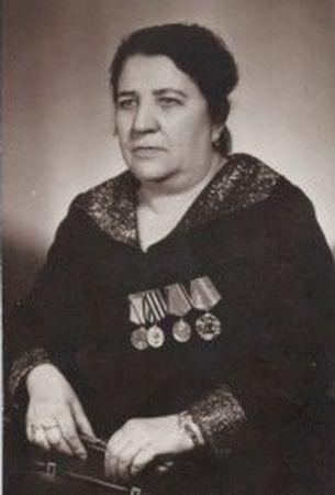 Фатьма Муртазаева служила медсестрой