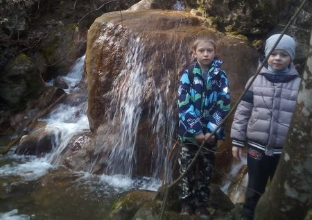 Первый водопад на пути вверх по течению