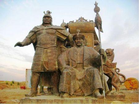Какую власть над народом имели казахские ханы