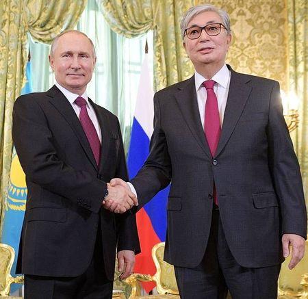 Касым-Жомарт познакомился с Путиным в Киеве