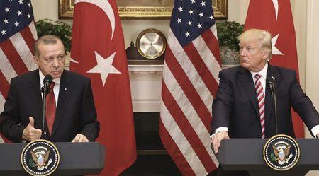 Пропасть между Турцией и Западом углубляется