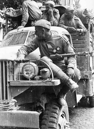 Саид Аблязимов всегда содержал машину в полной боевой готовности (2)