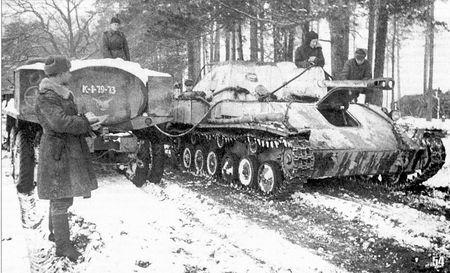 Эбазер Мердинов возил горючее на фронт