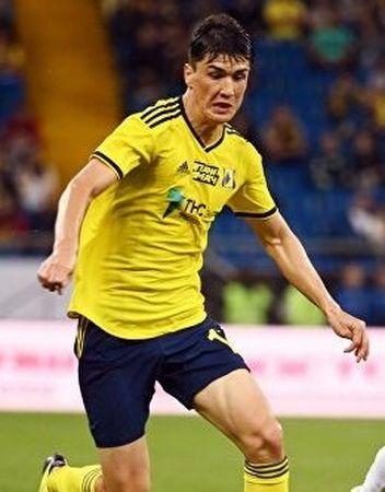 Элдор Шомуродов признан лучшим футболистом России