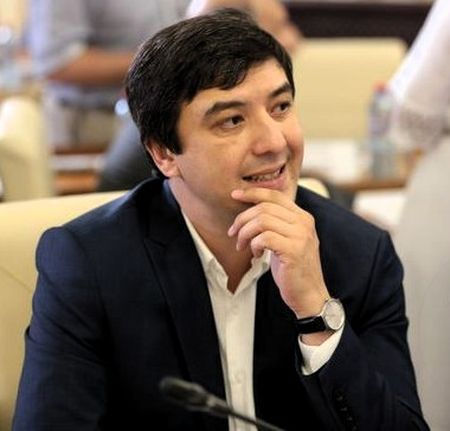 Абдураманов больше не нужен