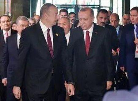 Тюркский марафон только начинается