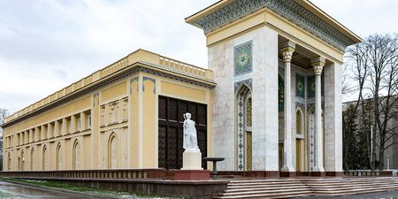 На ВДНХ отреставрировали «Азербайджан»