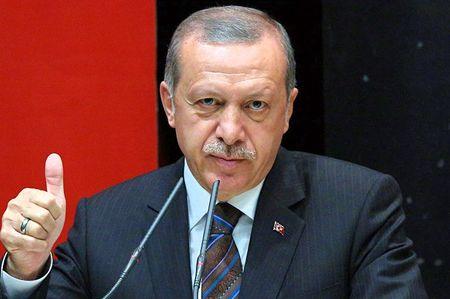 Эрдоган умело играет со Штатами и Москвой