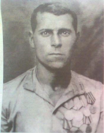 Абляким Аблямит возил снаряды и еду танковым экипажам