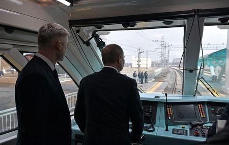 Россия восстановила железнодорожное сообщение с Крымом