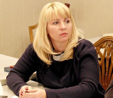 министр имущественных и земельных отношений Анна Анюхина