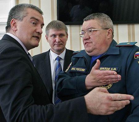 Аксенов продолжает обновлять правительство