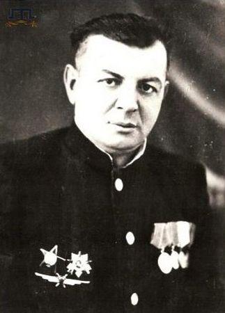 Абибула Бекиров командовал взводом автоматчиков