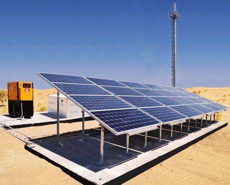В Каракумах запустили три солнечные электростанции