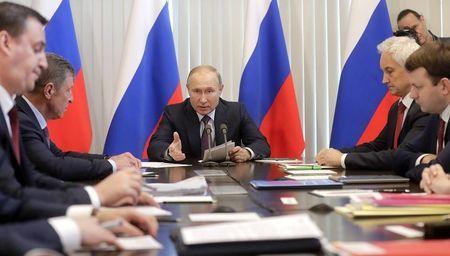 Путин пожурил крымских чиновников