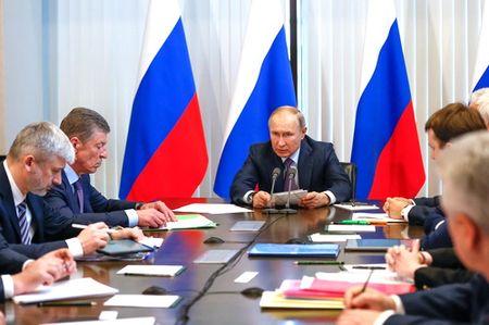 Что поручил Путин по Крыму
