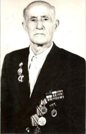 Менаджиев Сераджидин Менаджиевич (1916 — ?)