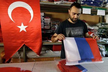 Как живется туркам в России
