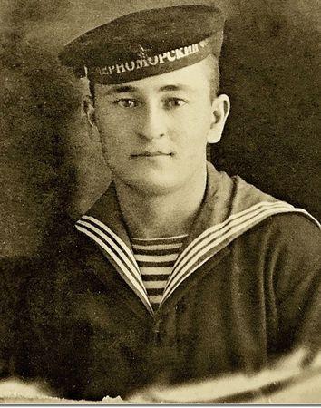 Бавбеков Закирья (1917 — 1944)