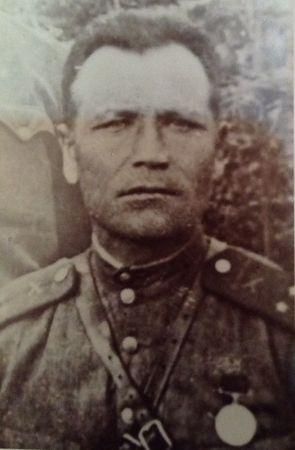 Мустафаев Нуретдин Мустафаевич (1904 - 1945)