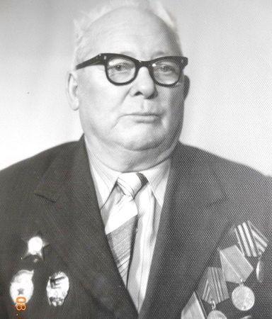 Джелилов Басыр (1915 — ?)