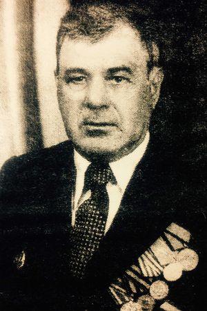 Умеров Эмир Асанович (1921 — 2003)