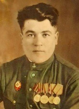 Джеппаров Абдулла Исаевич (1918 — ?)