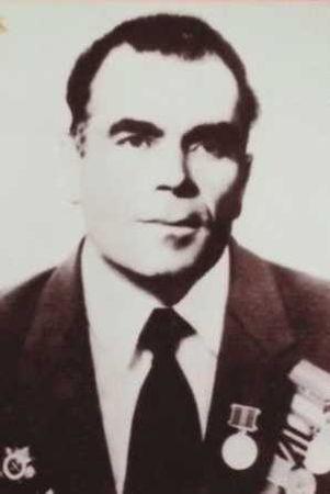 Меметов Мустафа (1920 - ?)