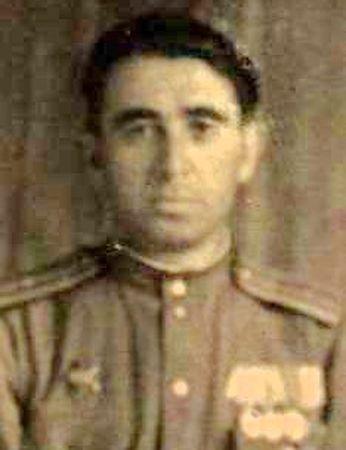 Меметов Усеин Нариманович (1904 — ?)