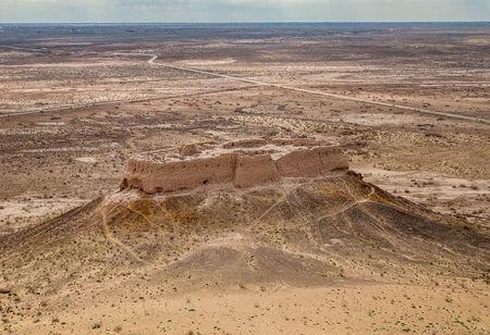 Есть в Кызылкумах крепость Аяз-Кала