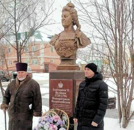 Как в Елабуге «татарщину» изгоняют