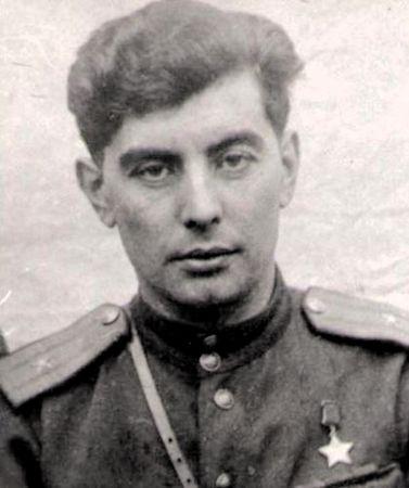 Абдуль Тейфук (1915 — 1945)