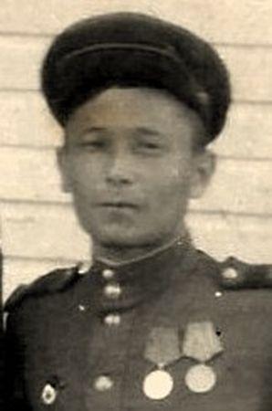 Асанов Амет (1918 - ?)