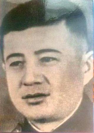 Ваапов Эсат (1920 — 1988)
