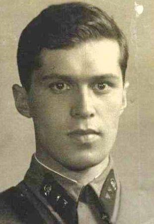 Карашайский Изет Сефершаевич (1914 — ?)