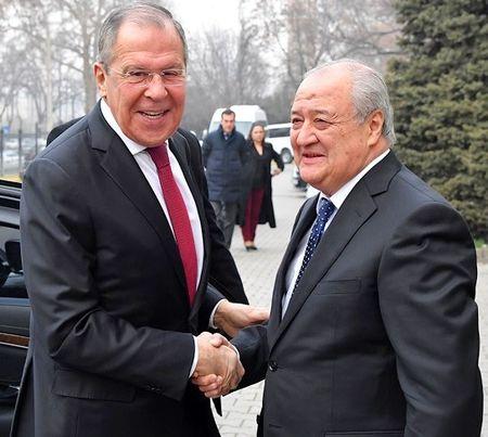 Узбекистан решил объединить всех?