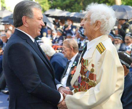 Узбекистан выплатит ветеранам войны по 12 млн сумов