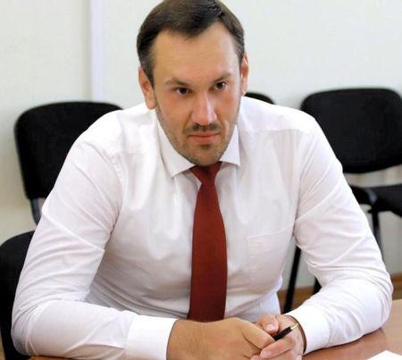 Уволен глава Госкомрегистра Крыма