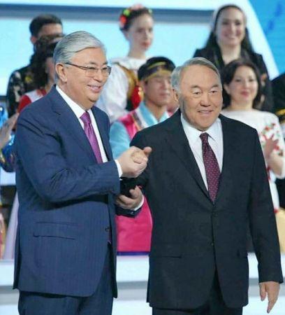Нурсултан передал Ассамблею Токаеву