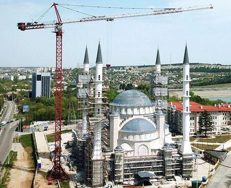 Путин поручил Мишустину достроить Соборную мечеть Крыма